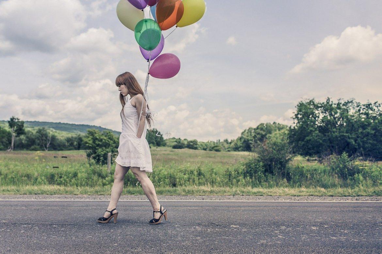 La livraison ballon surprise : un présent original