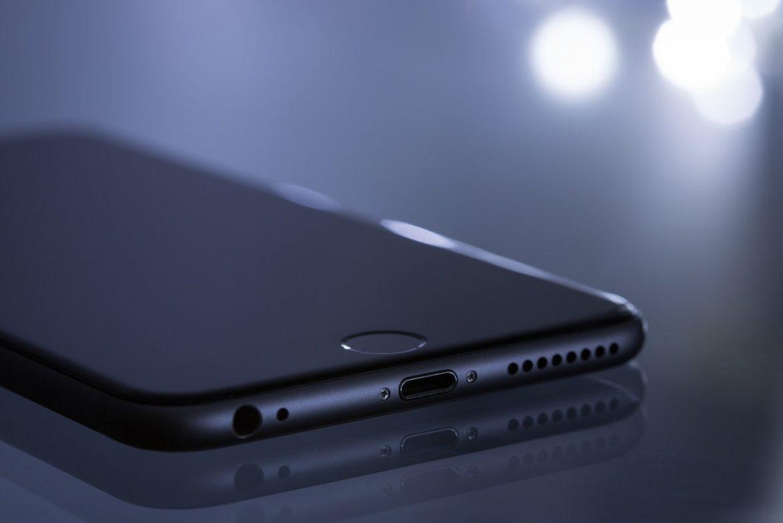 Réparation iPhone SE 2020, avantages de passer par un professionnel